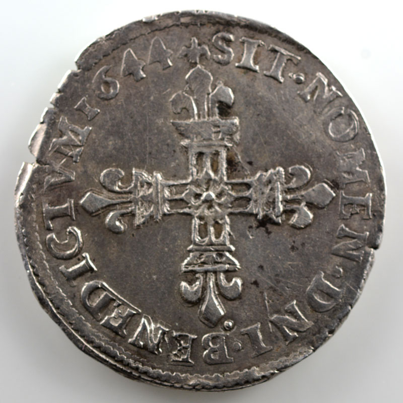 1644 T  (Nantes)    TTB+