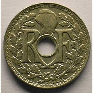 5 Centimes 1922   coins tournés à 150° horaire    TTB