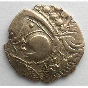 Numismatic foto  Coins Celtic coins Aulerques Eburovices Hémistatère d'or bas au sanglier et au torque    TTB/TTB+