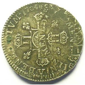Demi-Ecu aux 8 L 2° type   Louis XIV   1704 V  (Troyes)   double frappe    TTB