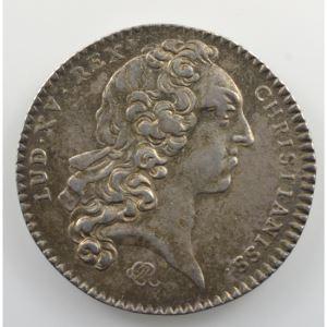 jeton rond en argent   29mm   Louis XV   1744    TTB+