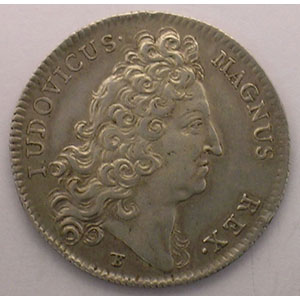 jeton rond en argent   Louis XIV   1712    TTB
