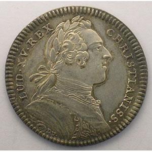 jeton rond en argent   Louis XV   1731    SUP légèrement nettoyé
