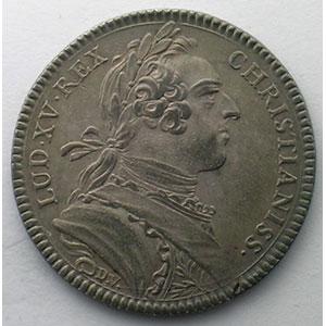 jeton rond en argent   Louis XV   1743    TTB+/SUP