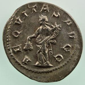 R/ AEQVITAS AVGG   (Rome 245-247)    TTB+